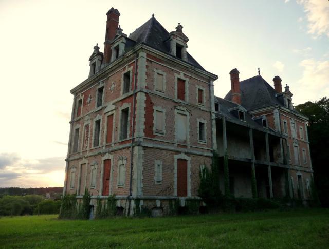 chateau elegantel.jpg
